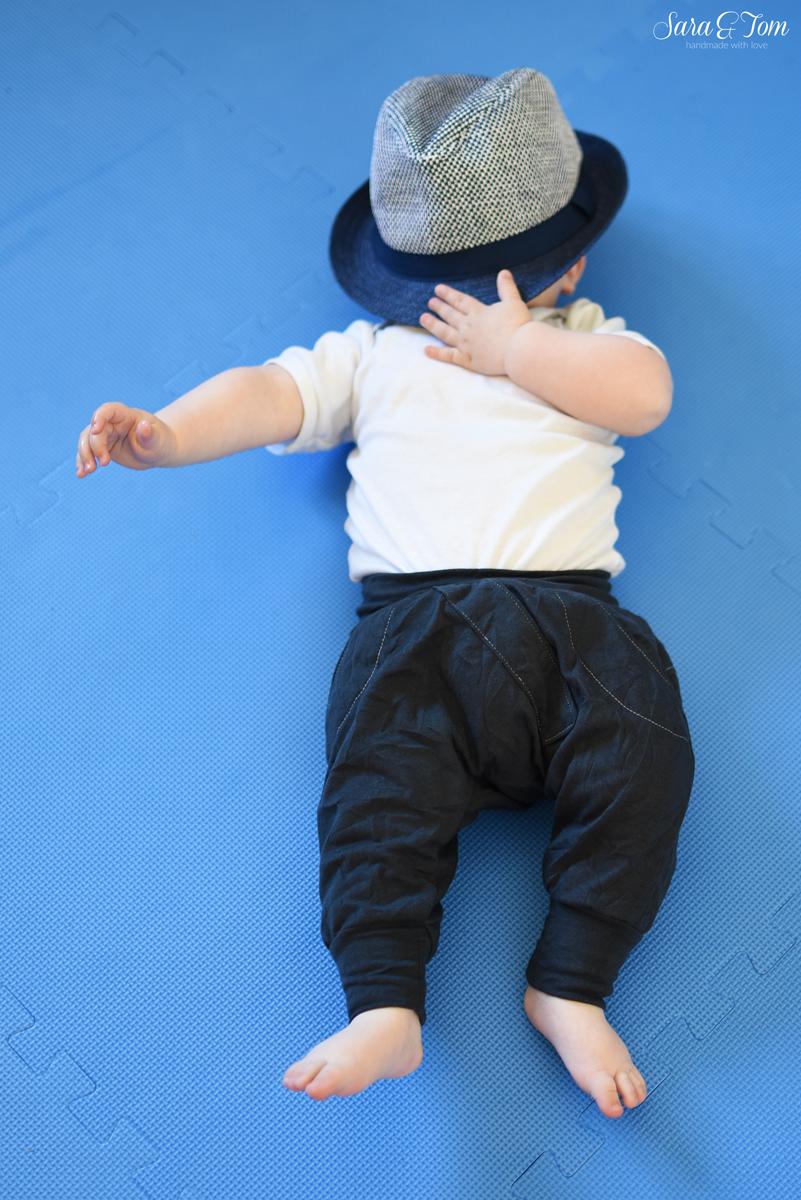 Eine coole Haremshose für den kleinen Mann
